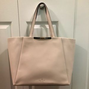 Kate Spade tote in good condition